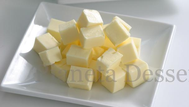 Burro o margarina? Pregi e difetti dei grassi più utilizzati in pasticceria