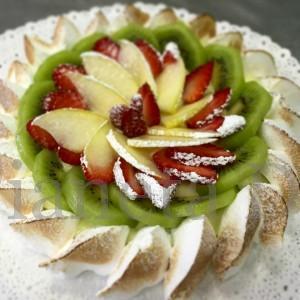 Millefoglie meringata alla frutta