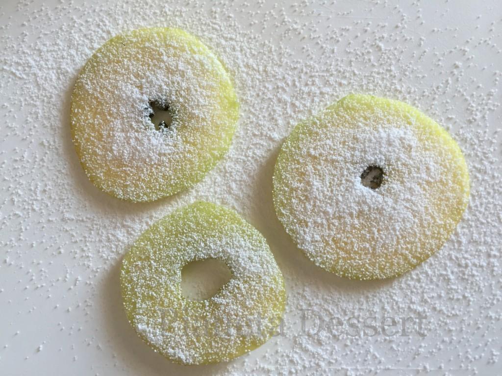 Mela vetrificata,fase di preparazione nell'isomalto