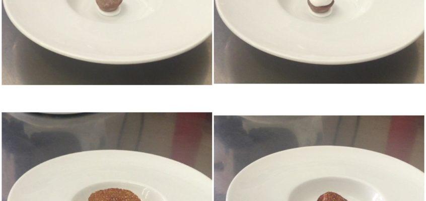 Sfera croccante di cioccolato e peperoncino