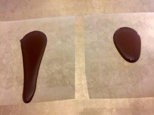 A sinistra cioccolato fluido, a destra cioccolato denso