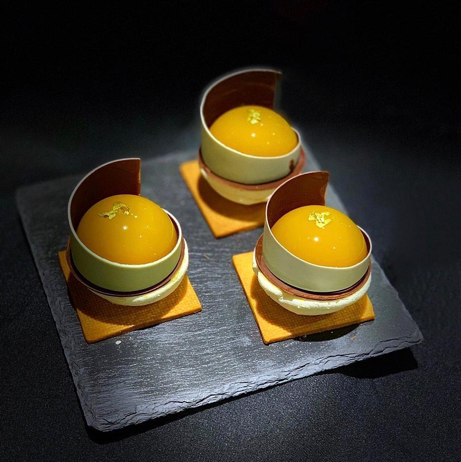 La glassa a specchio: ricette e consigli di Pianeta Dessert